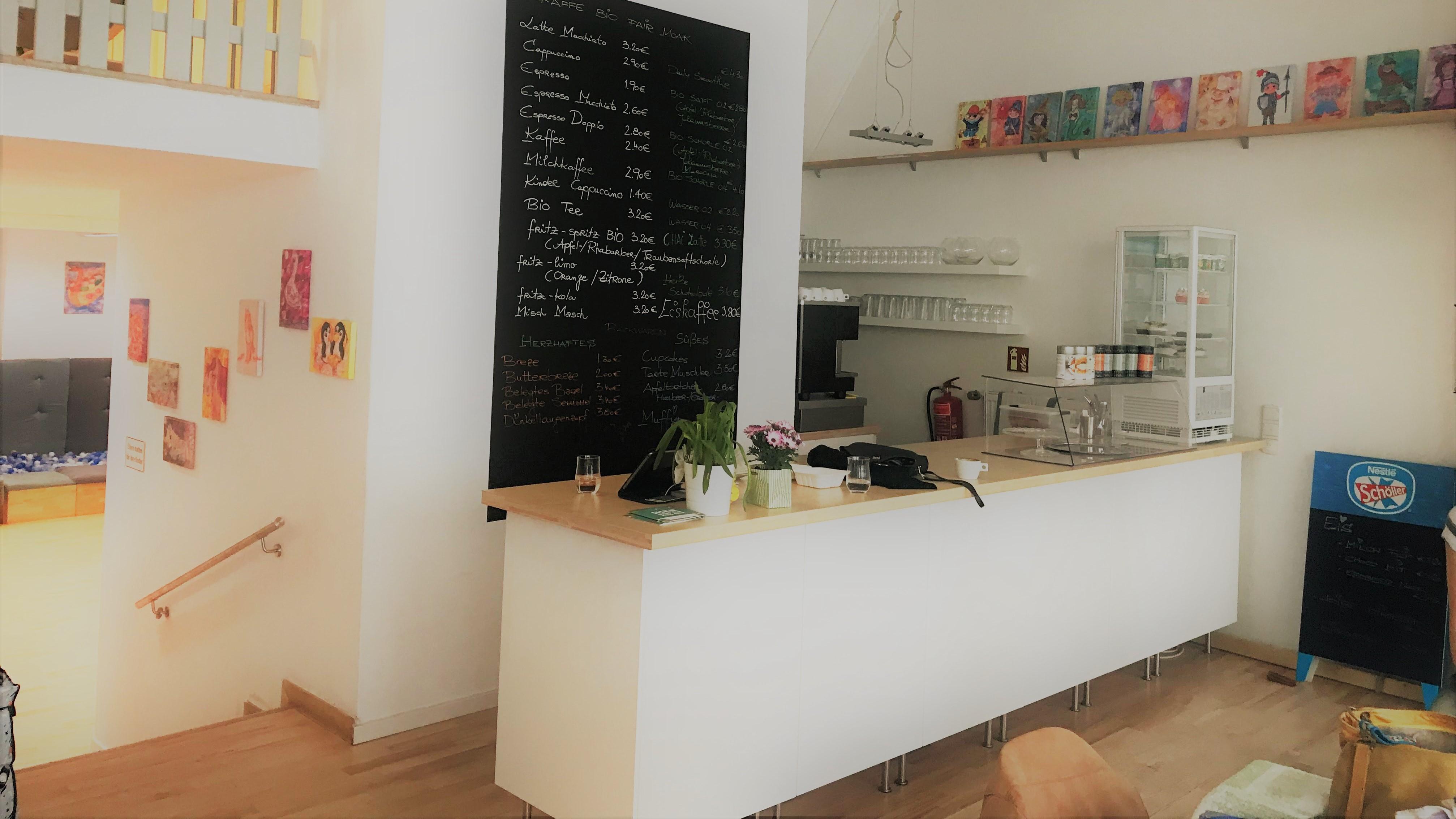 MO&JO Indoor Spielplatz und Café